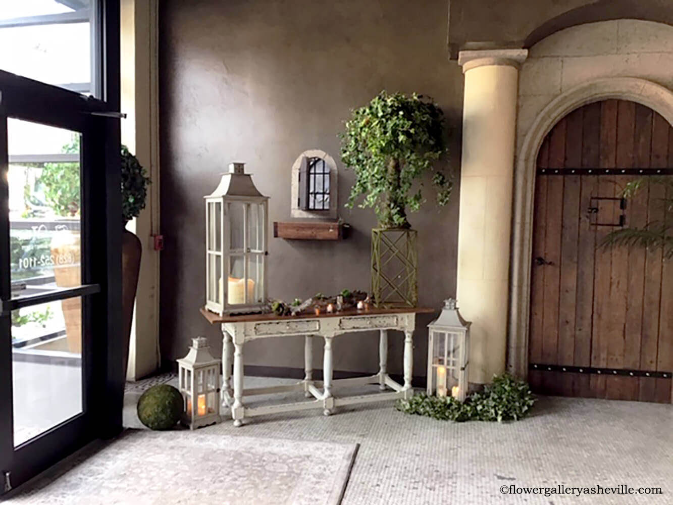 Simple Entryway with Small Ficus Tree and Green Ivy